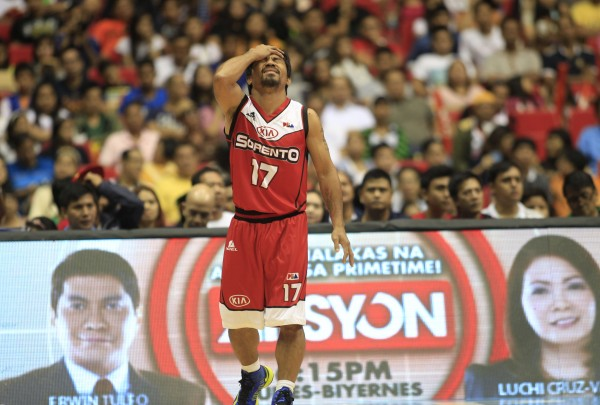 Manny Pacquiao Underwhelms with Debut in Professional Basket